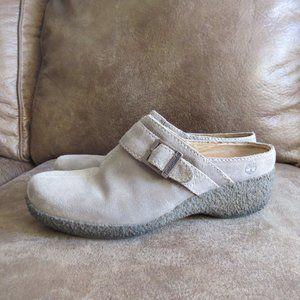 Timberland Comfort Tan Clogs Mules Size 9M EUC